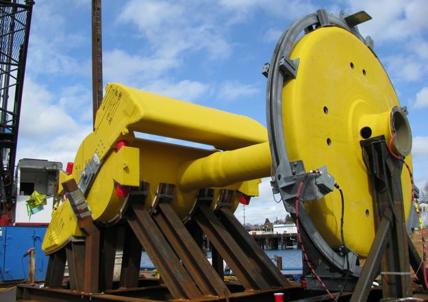 wave generator on barge